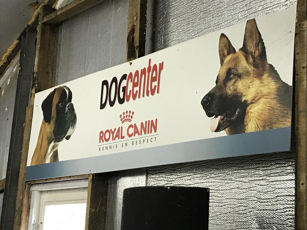 Dogcenter ttouch hond