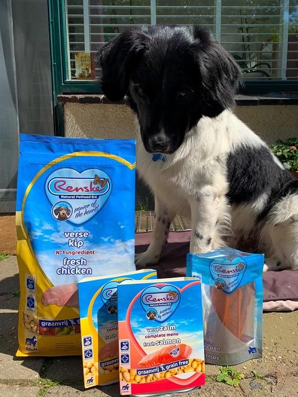 f0128d5e26b886 Als je je hond toch iets extra's wil geven apart van zijn brokjes, dan  heeft Renske ook nog een heel assortiment lekkere snacks.